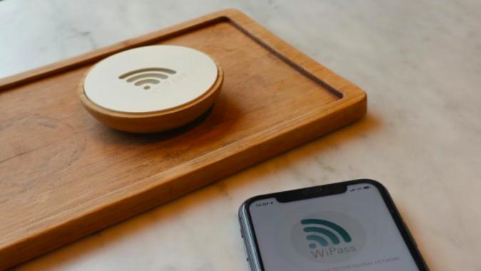 Con WiPass Home la connessione si ottiene avvicinando il cellulare